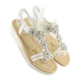 Sandałki damskie bardzo wygodne białe 981 3