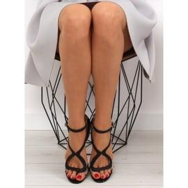 Sandałki na szpilce czarne 1443 black 1