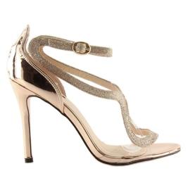 Sandałki na szpilce różowe 1443 champagne 2