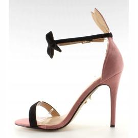 Sandałki na szpilce z uszkami ZJ-15P Pink różowe 2
