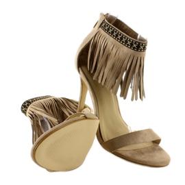 Sandałki z frędzlami etniczny wzór GD-16-5247 Beige beżowy 4