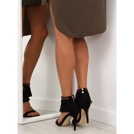 Sandałki z frędzlami etniczny wzór GD-16-5247 Black czarne 2