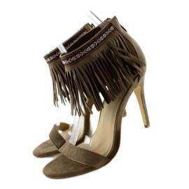 Sandałki z frędzlami etniczny wzór GD-16-52 brązowe 3