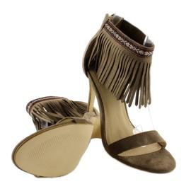 Sandałki z frędzlami etniczny wzór GD-16-52 brązowe 4