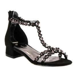 Czarne sandały na suwak vices 4