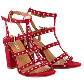Bestelle Czerwone sandały na słupku 1