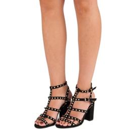Bestelle Czarne sandały na słupku 2
