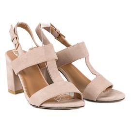 SDS Różowe sandały na słupku 6