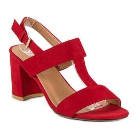 SDS Czerwone sandały na słupku 4