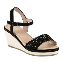 Ideal Shoes Czarne espadryle na koturnie 6