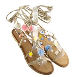 Sandałki z pomponami beżowe 6009 beige beżowy 3