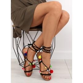 Sandałki z pomponami czarne 6009 black 2