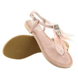 Sandałki z piórkami różowe 7267 Pink 1