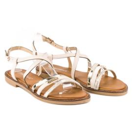 Bestelle Beżowe sandały zapinane na sprzączkę beżowy 2
