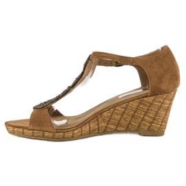 Corina Ozdobne sandały na koturnie brązowe 5