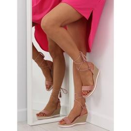 Sandałki na koturnie różowe JH630 pink 4