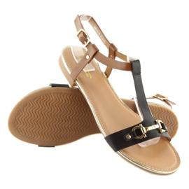 Sandałki na płaskiej podeszwie czarne 9871 Black 1