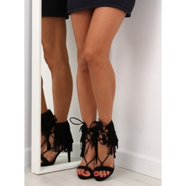 Sandałki na obcasie z frędzlami 8125 Black czarne 4