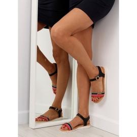 Sandałki na płaskiej podeszwie czarne J1024-A5 Black 2