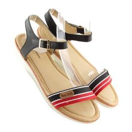 Sandałki na płaskiej podeszwie czarne J1024-A5 Black 5