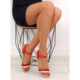 Sandałki na płaskiej podeszwie czerwone J1024-A5 Red 1