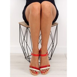 Sandałki na płaskiej podeszwie czerwone J1024-A5 Red 4