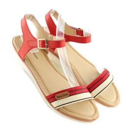 Sandałki na płaskiej podeszwie czerwone J1024-A5 Red 5