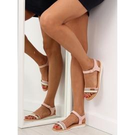 Sandałki na płaskiej podeszwie różowe J1024 2