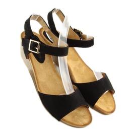Sandałki na niskim koturnie czarne LS-89015 2