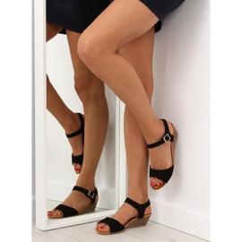 Sandałki na niskim koturnie czarne LS-89015 3