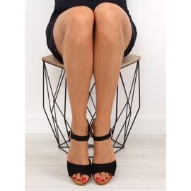Sandałki na niskim koturnie czarne LS-89015 5