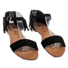Queen Vivi Płaskie sandałki z frędzlami czarne 3