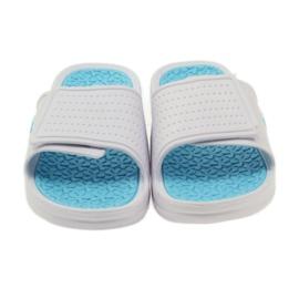 American Club American klapki damskie basenowe białe niebieskie 3