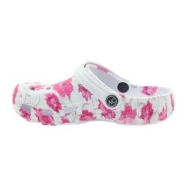 American Club American klapki dziecięce kroksy kwiaty białe szare różowe 2