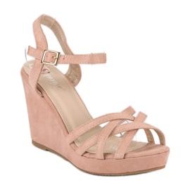 Seastar Zamszowe sandały na koturnie różowe 1