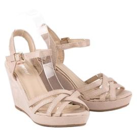 Seastar Zamszowe sandały na koturnie brązowe 4