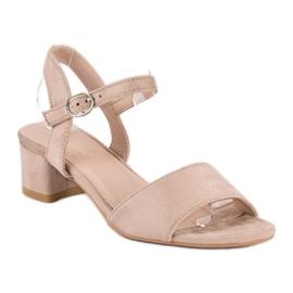 Ideal Shoes Zamszowe sandały na niskim obcasie brązowe 2