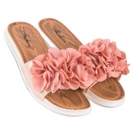 Różowe klapki w kwiaty 5