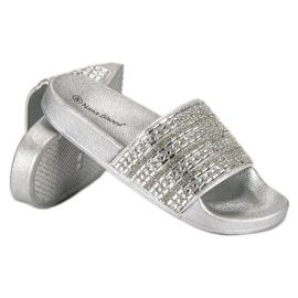 Eleganckie srebrne klapki szare 6