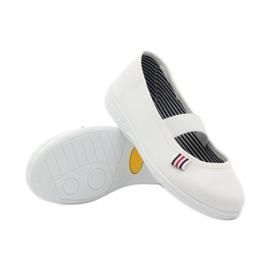 Befado obuwie dziecięce 274X013 białe 4
