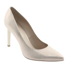 Czółenka buty damskie skórzane złote Anis 4527 żółte 1