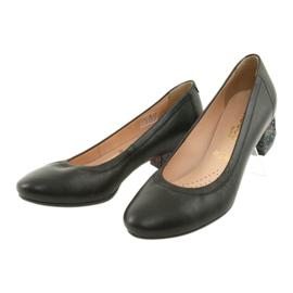 Czółenka buty damskie skórzane Arka 5627 czarne 3