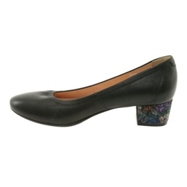 Czółenka buty damskie skórzane Arka 5627 czarne 2