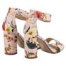 Ideal Shoes Sandały W Kwiaty 5