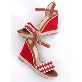 Sandałki na koturnie czerwone 9068 Red 3