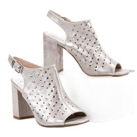 Sandałki Z Dżetami VINCEZA szare 5
