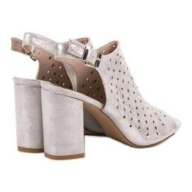 Sandałki Z Dżetami VINCEZA szare 4