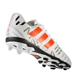 Buty piłkarskie adidas Nemeziz Messi 17.4 FxG Jr S77200 białe 2