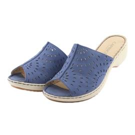 Klapki damskie koturno Caprice 27351 jeans niebieskie 3