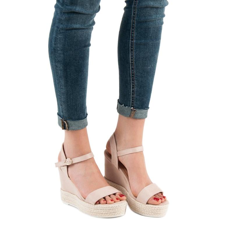 Ideal Shoes brązowe Stylowe Sandałki Na Koturnie zdjęcie 2